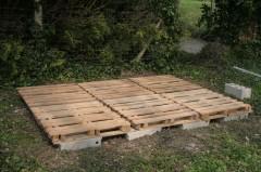 assemblage du plancher 80 de recup reste de parpaings palettes doubles dalles osb - Construire Sa Maison En Palette