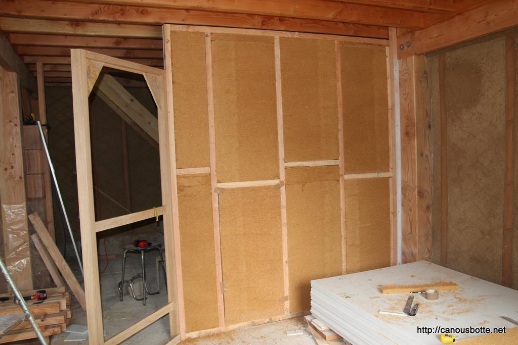 porte ca nous botte de construire une maison en paille. Black Bedroom Furniture Sets. Home Design Ideas